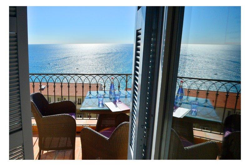 La Perouse Hotel-Panoramic Sea View<br/>Image from Leonardo