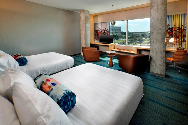 Aloft Tampa Downtown-Queen/Queen River View Guest Room<br/>Image from Leonardo