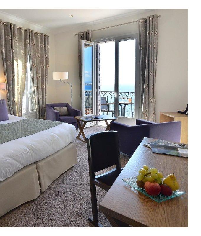 La Perouse Hotel-Guest Bedroom<br/>Image from Leonardo
