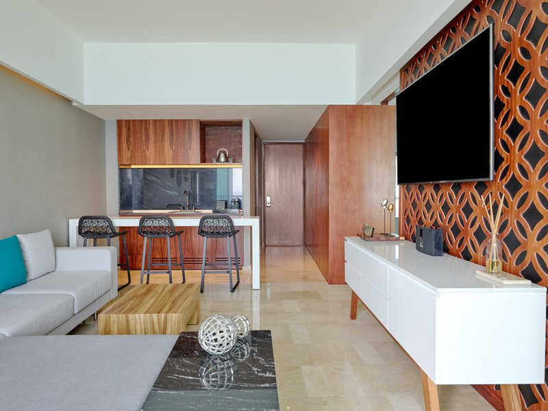 Live Aqua Cancun - Tierra Suite <br/>Image from Leonardo
