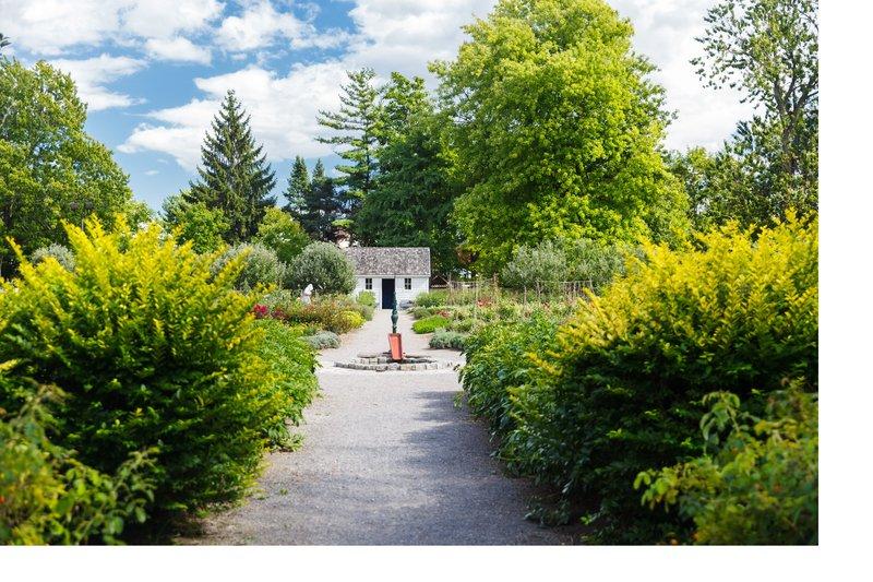 Staybridge Suites Hamilton - Downtown-Dundurn Kitchen Garden near hotel in Downtown Hamilton<br/>Image from Leonardo