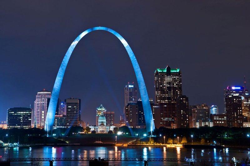 Crowne Plaza St. Louis Airport-St Louis Gateway Arch<br/>Image from Leonardo