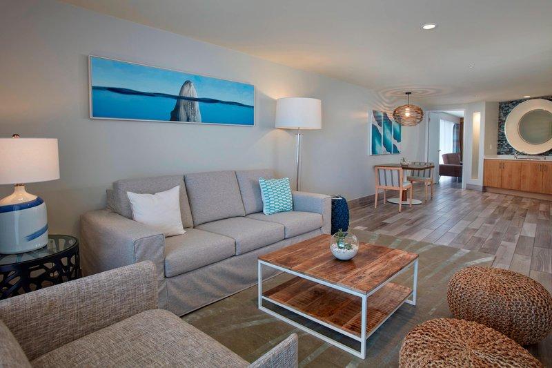 Aruba Marriott Resort - Tradewinds Jr. Suite - Living Area <br/>Image from Leonardo