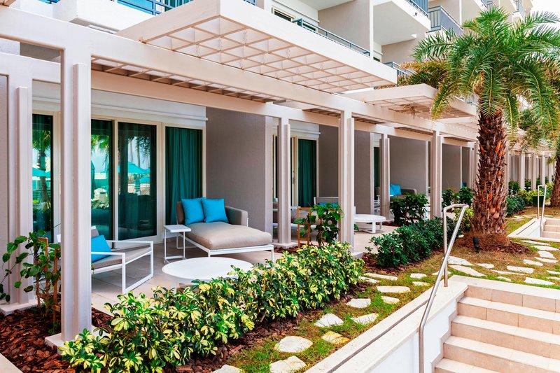 Marriott San Juan Resort - Lanai Cabana Balcony <br/>Image from Leonardo