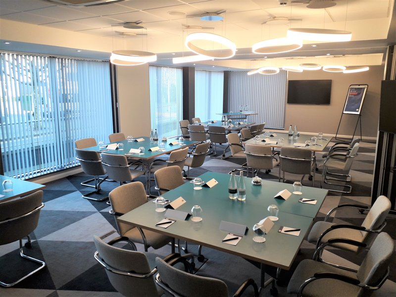 Holiday Inn Express Leeds City Centre - Armouries-Meeting Room<br/>Image from Leonardo
