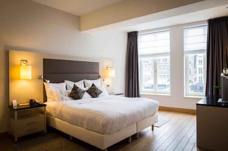 Ghent Marriott Hotel-Presidential Suite Bedroom<br/>Image from Leonardo