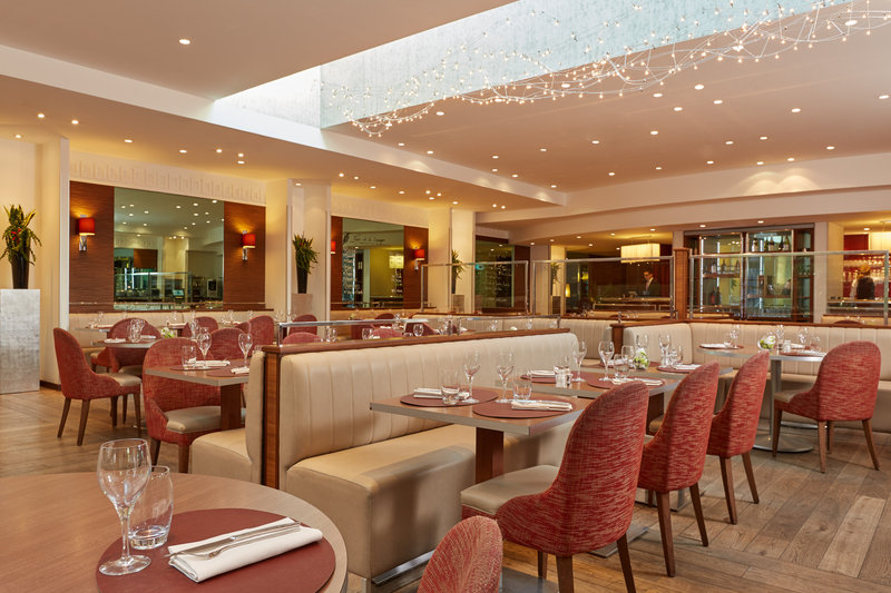 Crowne Plaza Paris - Charles de Gaulle-Restaurant<br/>Image from Leonardo