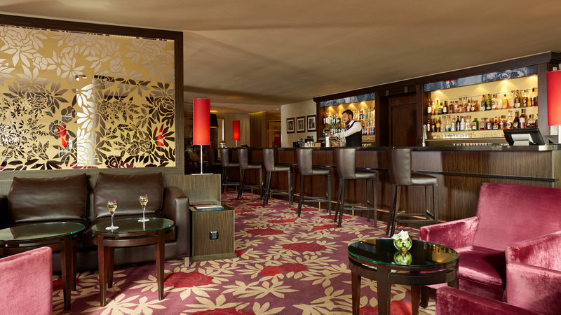 Crowne Plaza Paris - Charles de Gaulle-Bar and Lounge<br/>Image from Leonardo