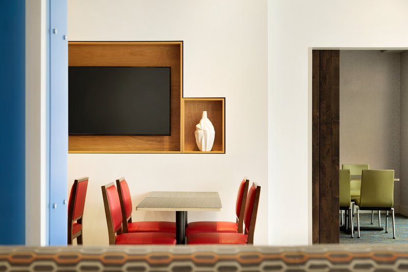 Holiday Inn Express And Suites Madisonville-Breakfast Area<br/>Image from Leonardo