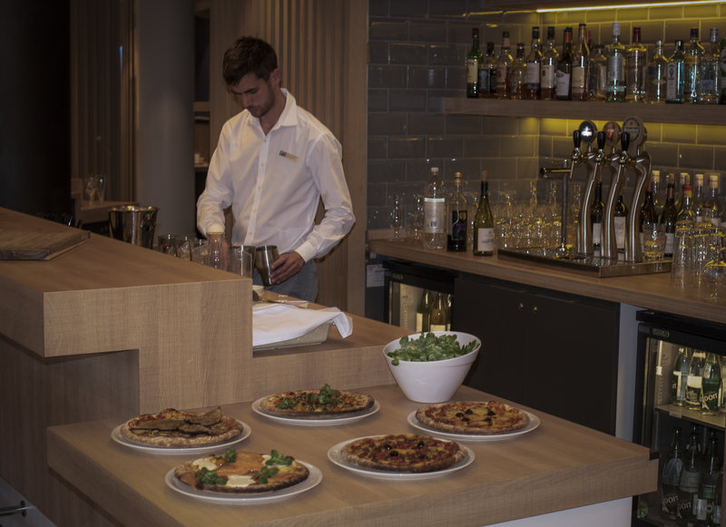 Holiday Inn Express Paris - CDG Airport-Restaurant<br/>Image from Leonardo
