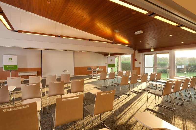 Holiday Inn Lille - Ouest Englos-Conference Room<br/>Image from Leonardo