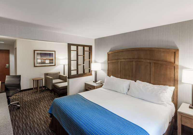 Holiday Inn Express & Suites Carpinteria-Oversized Guest Rooms<br/>Image from Leonardo