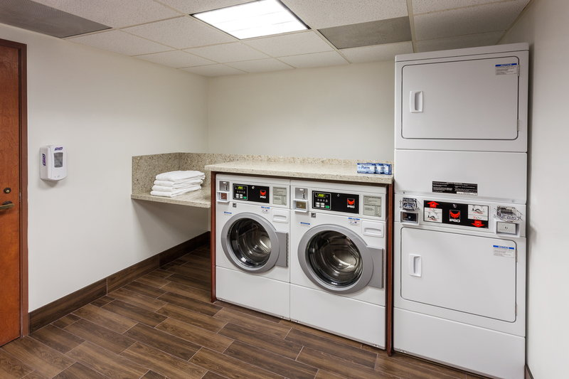 Holiday Inn Express & Suites Carpinteria-Coin Operated Guest Laundry Facility<br/>Image from Leonardo