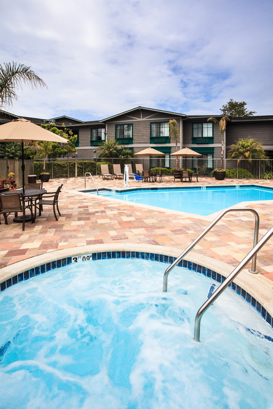 Holiday Inn Express & Suites Carpinteria-Outdoor Heated Pool & Spa<br/>Image from Leonardo