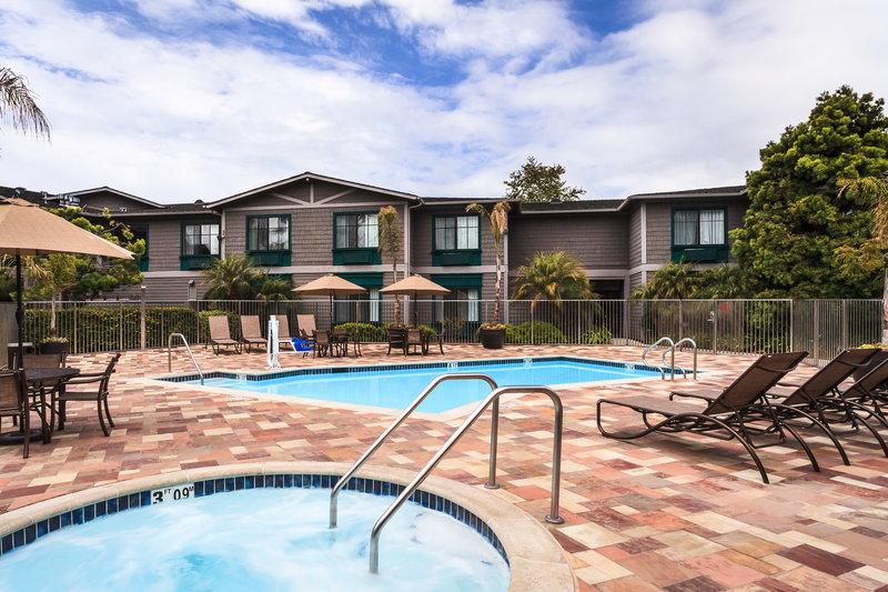 Holiday Inn Express & Suites Carpinteria-Swimming Pool<br/>Image from Leonardo