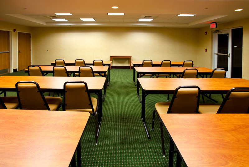 Holiday Inn Express & Suites Brooksville West-Meeting Room<br/>Image from Leonardo