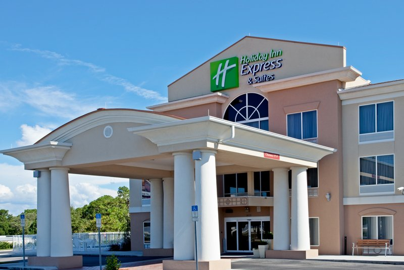 Holiday Inn Express & Suites Brooksville West-Hotel Exterior<br/>Image from Leonardo