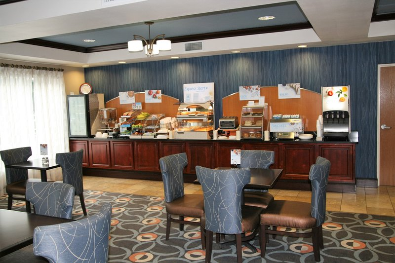 Holiday Inn Express & Suites Brooksville West-Breakfast Buffet<br/>Image from Leonardo
