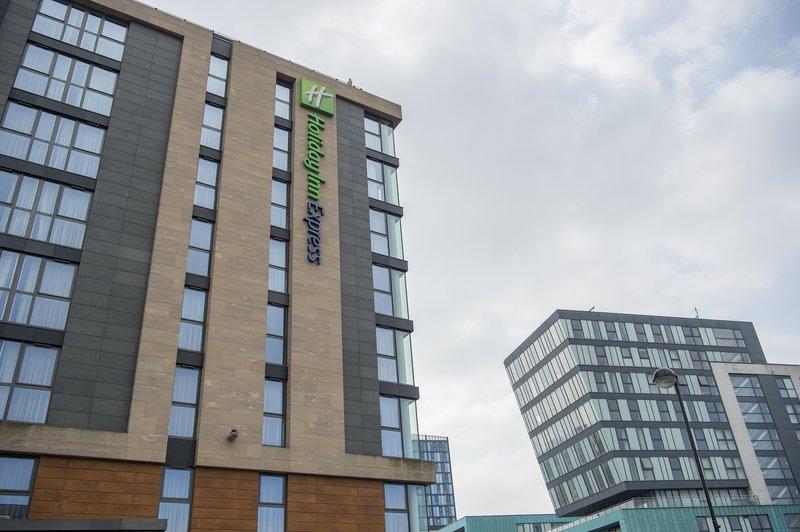 Holiday Inn Express Sheffield City Centre-Modern 161 bedroom Holiday Inn Express Sheffield<br/>Image from Leonardo