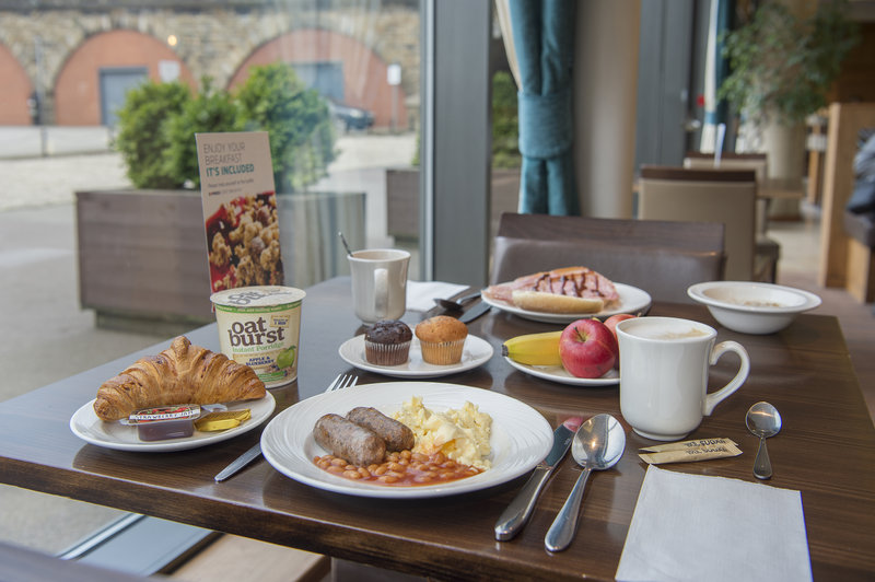 Holiday Inn Express Sheffield City Centre-Get your day started with a freshly cooked breakfast<br/>Image from Leonardo