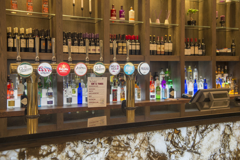Holiday Inn Sheffield-A variety of beers await you in our Grand Lounge Bar<br/>Image from Leonardo