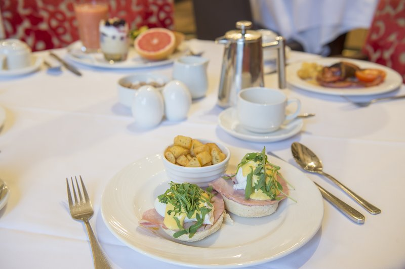 Holiday Inn Sheffield-A la carte breakfast- Eggs benedict made to order<br/>Image from Leonardo