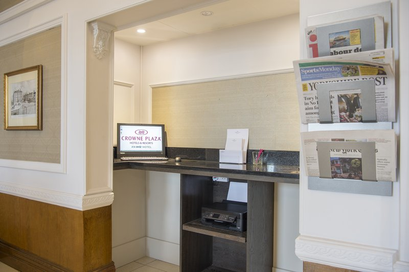 Holiday Inn Sheffield-24 hour business centre located besides Reception<br/>Image from Leonardo