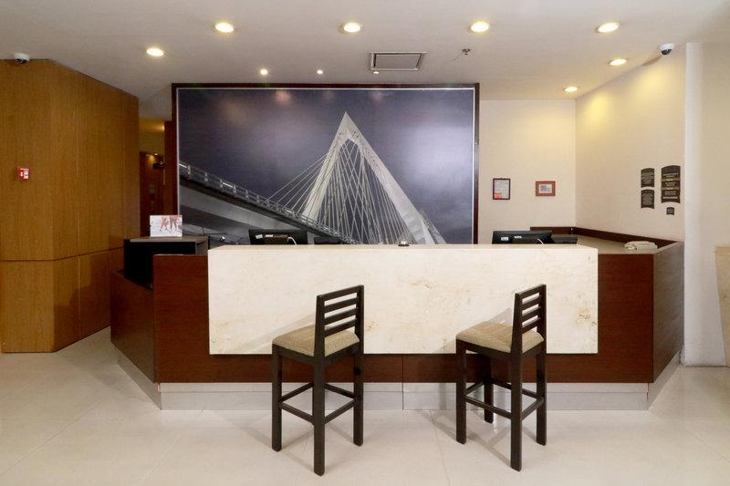 Staybridge Suites Guadalajara Expo-Reception<br/>Image from Leonardo