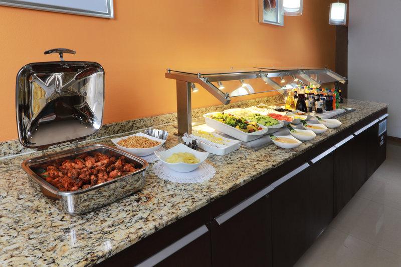 Staybridge Suites Guadalajara Expo-Buffet<br/>Image from Leonardo