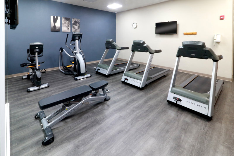 Staybridge Suites Guadalajara Expo-Gym<br/>Image from Leonardo