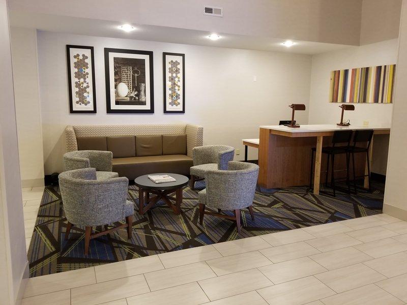 Holiday Inn Express & Suites Douglas-Business Center <br/>Image from Leonardo