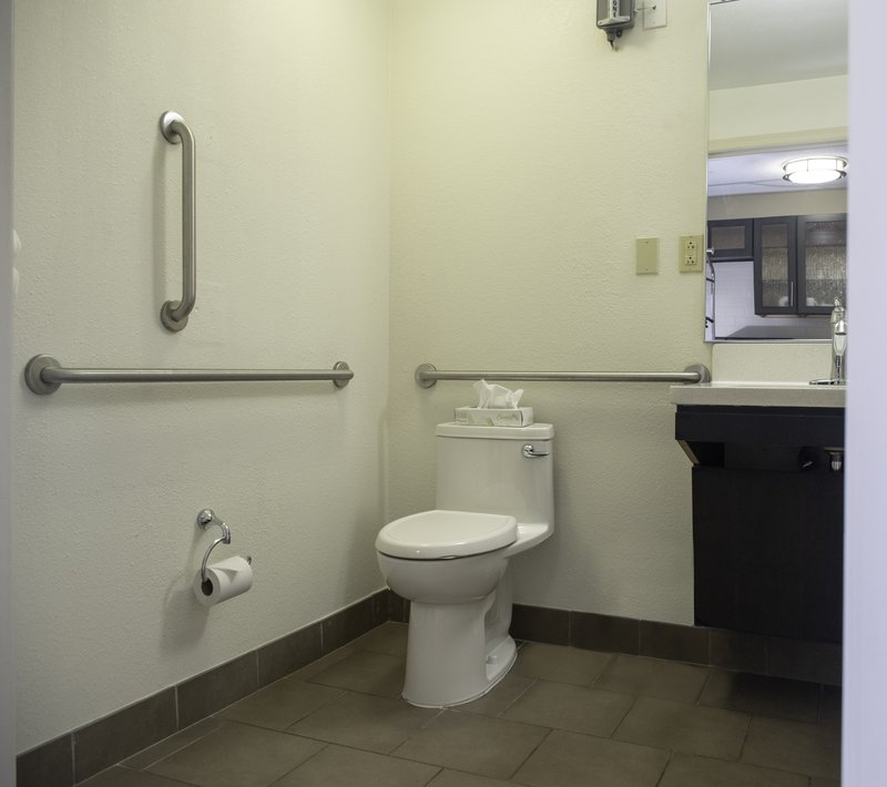 Candlewood Suites Pittsburgh-Airport-Accessible bathroom<br/>Image from Leonardo