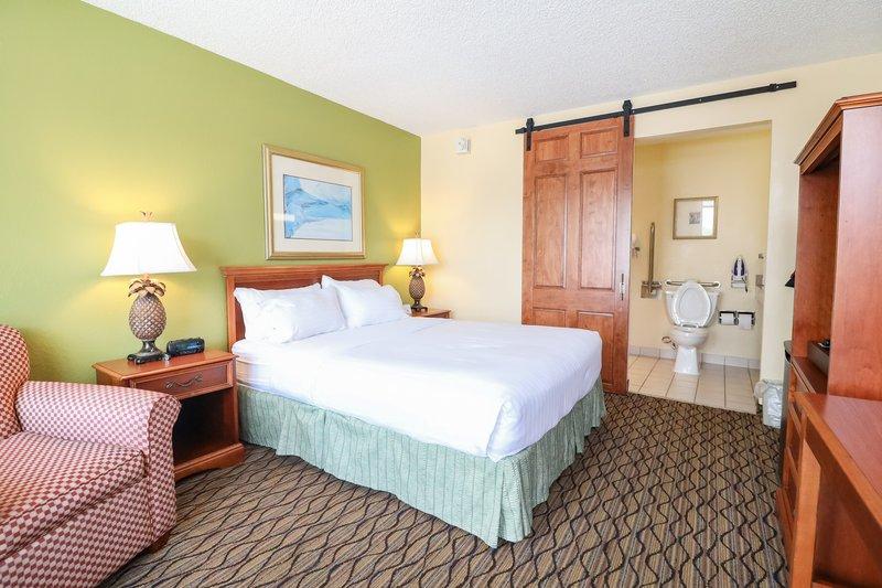 Holiday Inn Hotel & Suites Vero Beach-Oceanside-Wheelchair Accessible<br/>Image from Leonardo