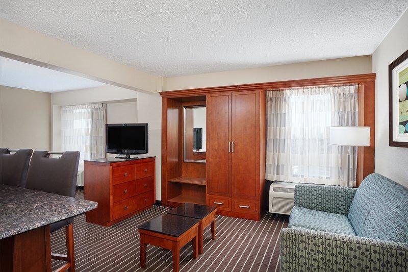 Holiday Inn Express Hampton - Coliseum Central-King Suite living area<br/>Image from Leonardo