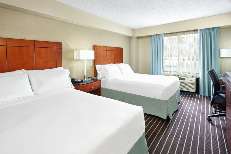 Holiday Inn Express Hampton - Coliseum Central-ADA/Handicapped accessible Two Double Bed Guest Room<br/>Image from Leonardo