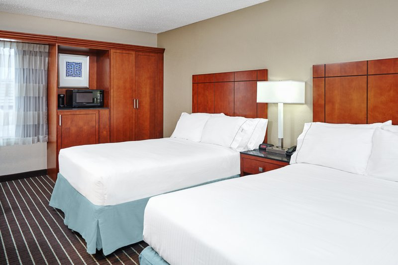 Holiday Inn Express Hampton - Coliseum Central-Two Double Bed Guest Room<br/>Image from Leonardo