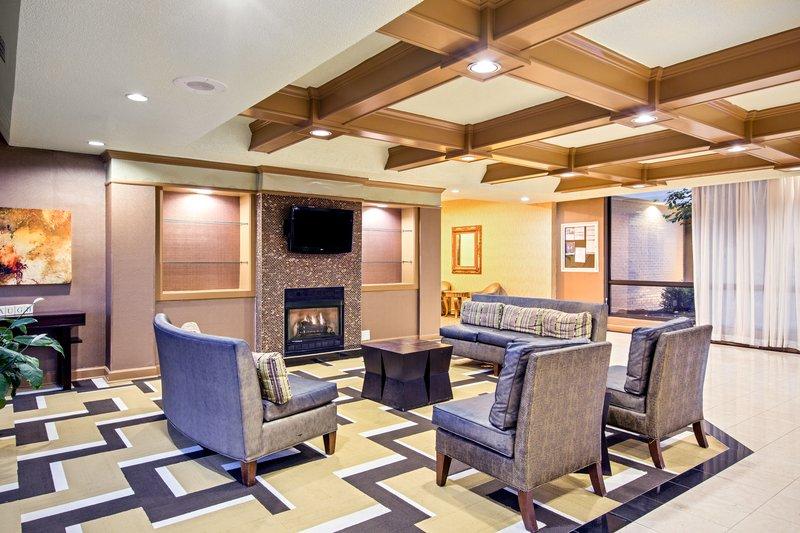 Holiday Inn Roanoke - Tanglewood - Rt 419 & I581-Relax in our Lobby!<br/>Image from Leonardo