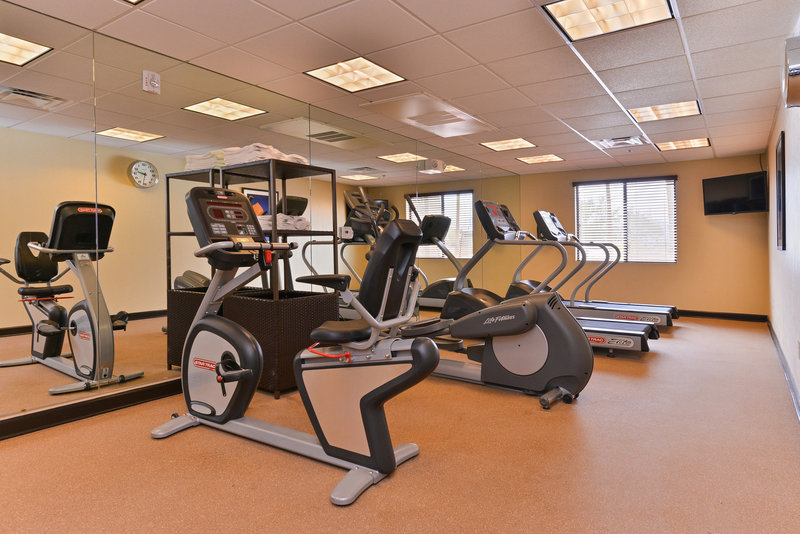 Holiday Inn Express & Suites Indio-Gym<br/>Image from Leonardo