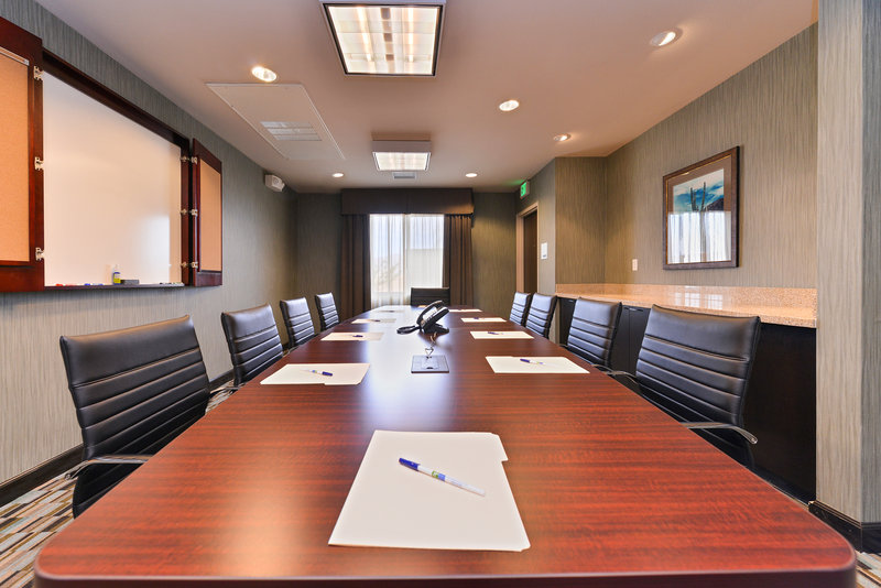 Holiday Inn Express & Suites Indio-Meeting Room<br/>Image from Leonardo