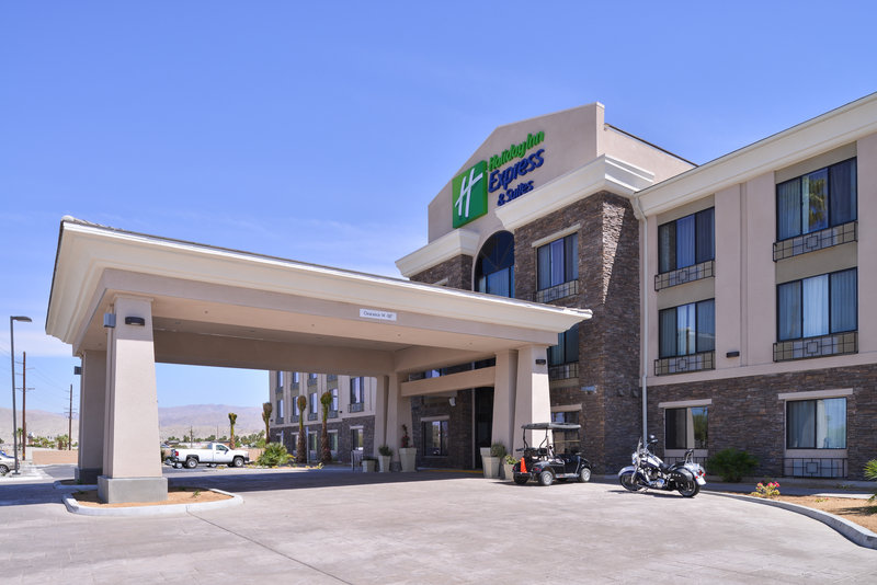 Holiday Inn Express & Suites Indio-Hotel Entrance<br/>Image from Leonardo