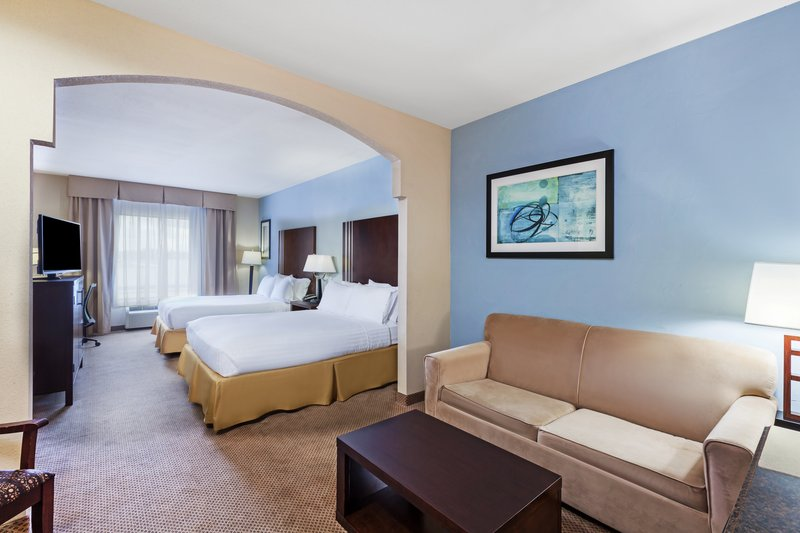 Holiday Inn Express Beaumont NW Parkdale Mall-Guest Room<br/>Image from Leonardo
