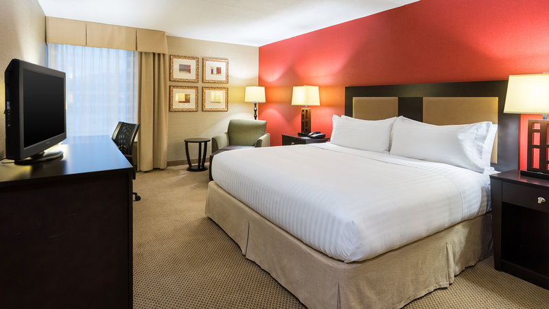 Holiday Inn Express Charleston - Civic Center-King Guest Room<br/>Image from Leonardo
