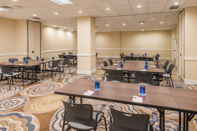 Crowne Plaza White Plains - Downtown-Larchmont Meeting Room<br/>Image from Leonardo