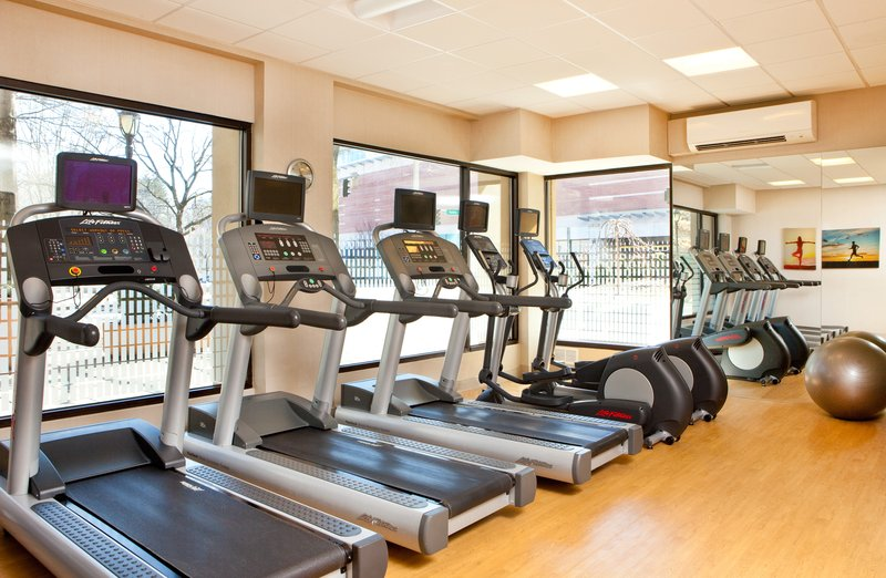 Crowne Plaza White Plains - Downtown-Gym<br/>Image from Leonardo