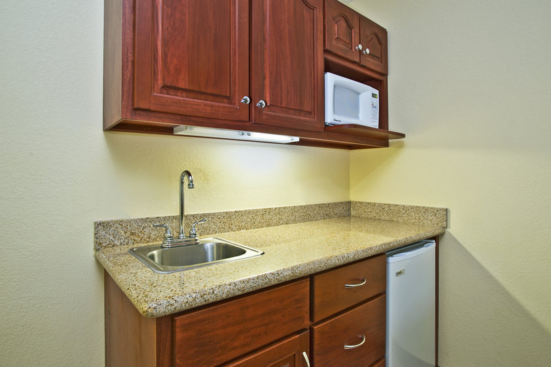Holiday Inn Express & Suites East Lansing-Our suites include a kitchenette with refrigerator and microwave<br/>Image from Leonardo