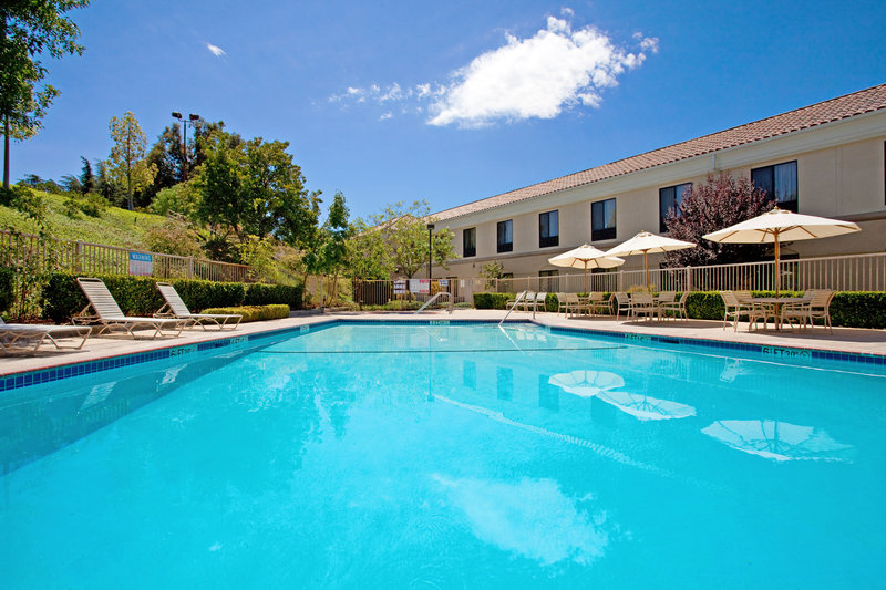 Holiday Inn Express Hotel & Suites Santa Clarita-Swimming Pool<br/>Image from Leonardo