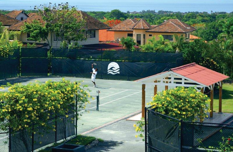 Casa De Campo - Daytime Tennis Courts <br/>Image from Leonardo