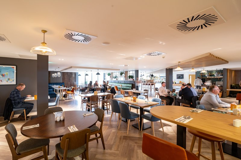 Holiday Inn Winchester-Breakfast in the Odyssey Restaurant<br/>Image from Leonardo