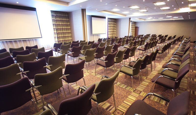 Holiday Inn Reading - M4, Jct. 10-Conference Room<br/>Image from Leonardo