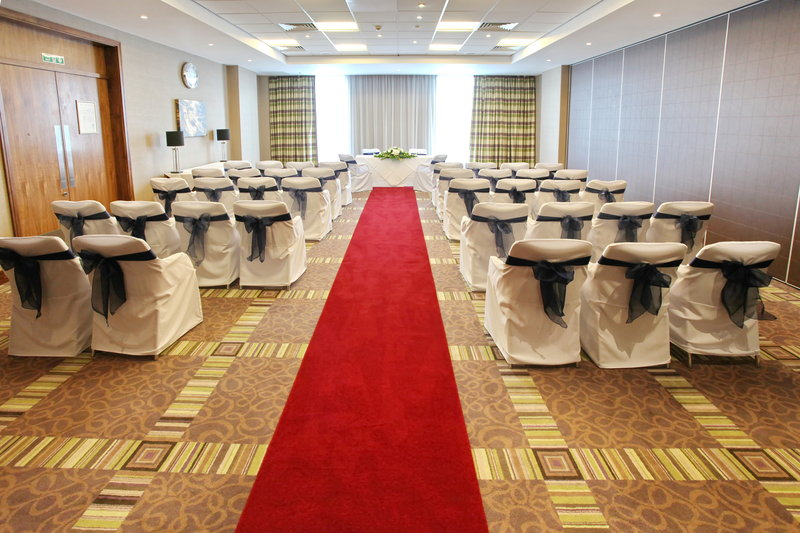 Holiday Inn Reading - M4, Jct. 10-Licensed for Civil Wedding Ceremonies<br/>Image from Leonardo